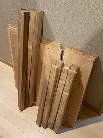 杉板収納棚