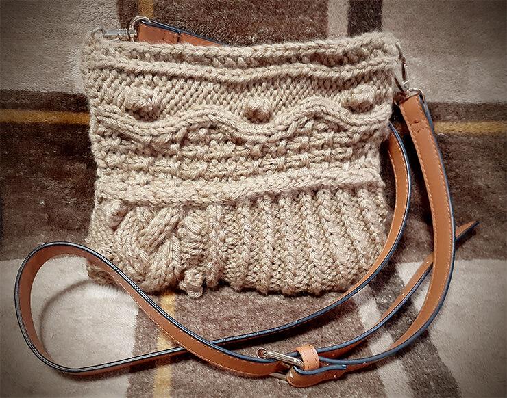模様編みのサコッシュ