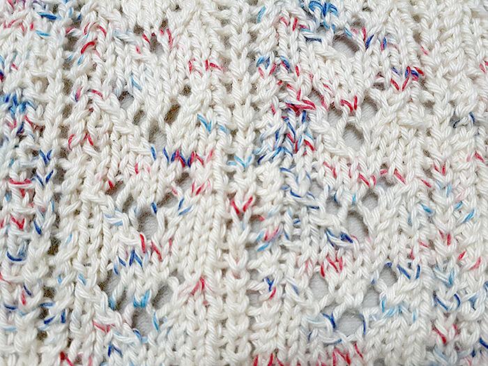 棒針編みの模様編みシュシュ