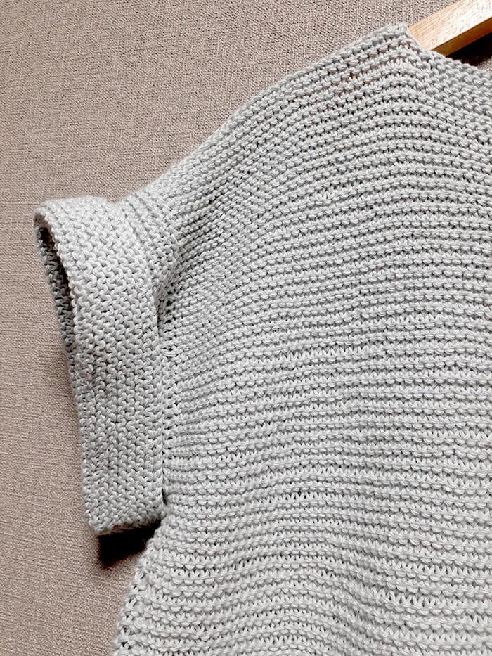 ガーター編みのプルオーバー