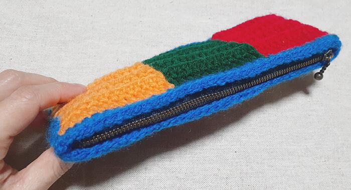 余り毛糸でJW Anderson風小物作ってみた